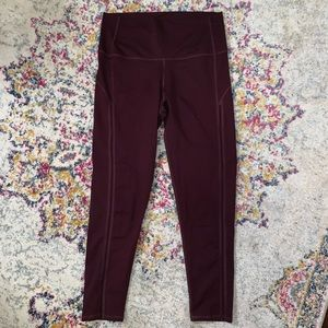 High-Waisted 7/8 Legging